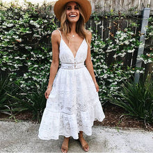 2018 Deep V Neck White Lace Sexy Backless Spaghetti Strap