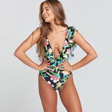 2018 Sexy Ruffle One Piece Swimsuit  Push Up