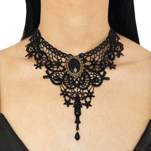 Lady Macbeth Lace Necklace