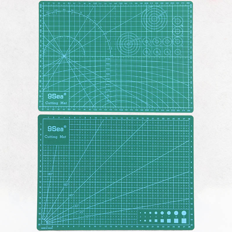 High Quality Green Design Cutting Mat 22x30cm - stilyo