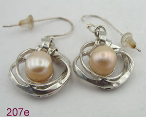 Great handcrafted Sterling Silver 925 , gift , long Pearl Earrings (207e)