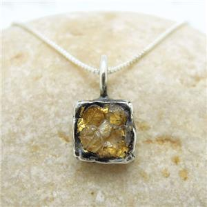 Solid silver Pendant inlaide with Raw Diamond and decorated with 24k , comes with necklaces