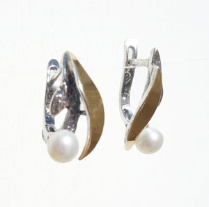 Yellow Gold, Sterling Silver and Pearls Earrings