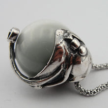 Great handcrafted Elegant ,Sterling Silver, cat's eye, Pendent,beautiful,925, p 4150