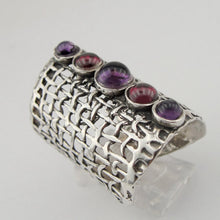 Handcrafted 925 Sterling Silver with Garnet Ring (1142b)