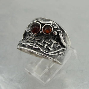 Israe design 925 Sterling Silver amber, net, unique Ring size 7.5 (h 1140b)