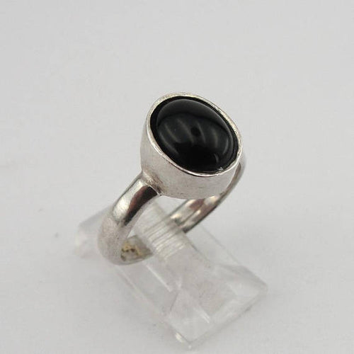 Black Oval shape Onyx gemstone & 925 Silver Ring