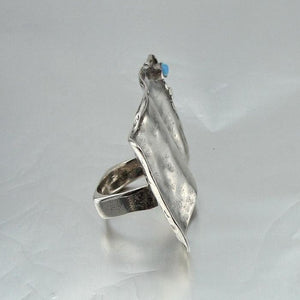 Handcrafted Artistic Unique Impressive Sterling Silver Opal Ring size 8 (H 190)