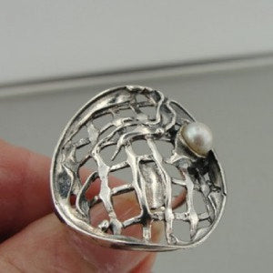 Hadar Fine Handcrafted Sterling Silver Net fresh water Pearl Ring size 8 (114