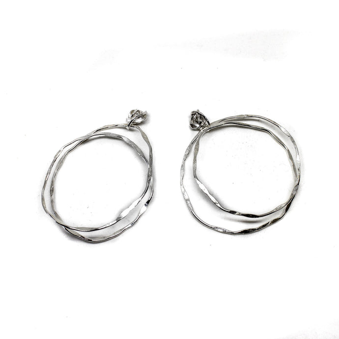 Double Loop Knot Hoops