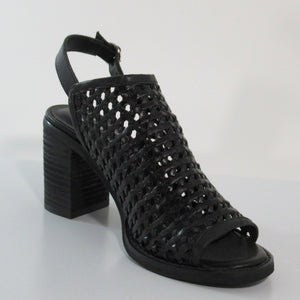 Sbicca; Vanda, Black Sandle