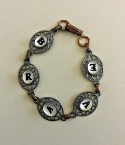 AFFIRMATION Bracelet - Words to Encourage and Inspire - Brave