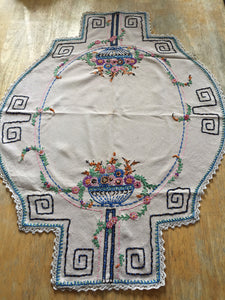 Art Deco Linen Embroidered Table Cloth Runner Table Topper Hand Stitched 1930s