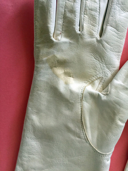 Vinage 1950s Kidskin Leather Opera Gloves Off-White Embroidered Flowers Rare
