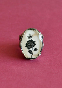 The BEE and the ROSE Ring - Silhouette Jewelry