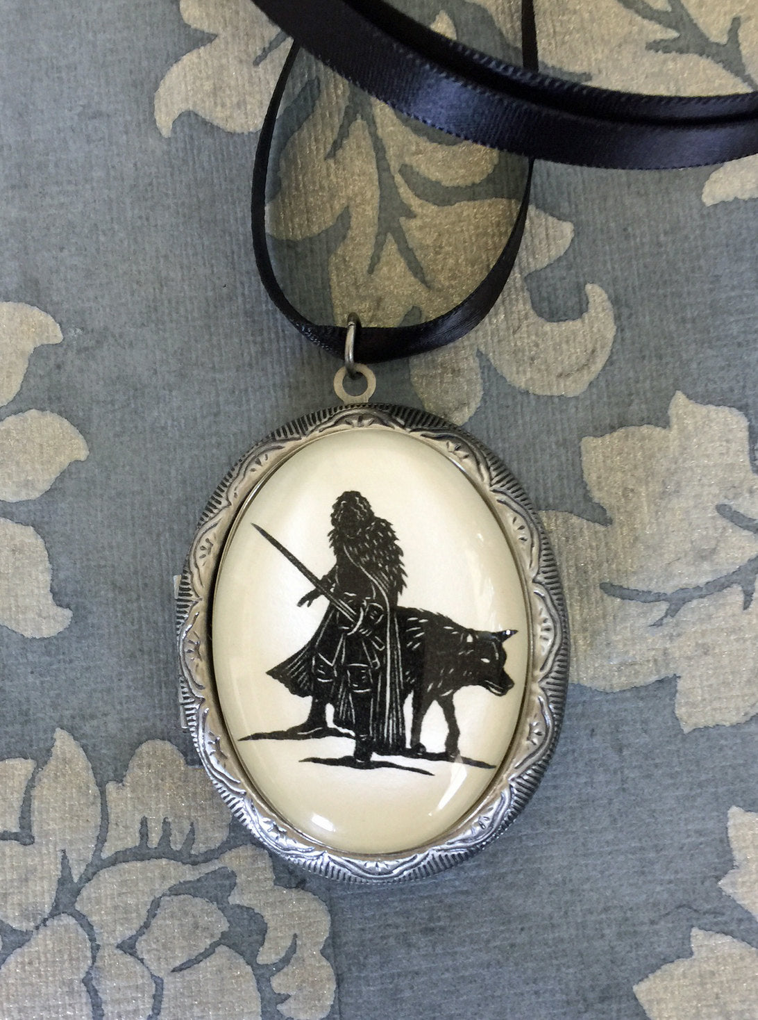 Game of Thrones Jon Snow Locket Necklace - locket pendant on ribbon - Silhouette Jewelry