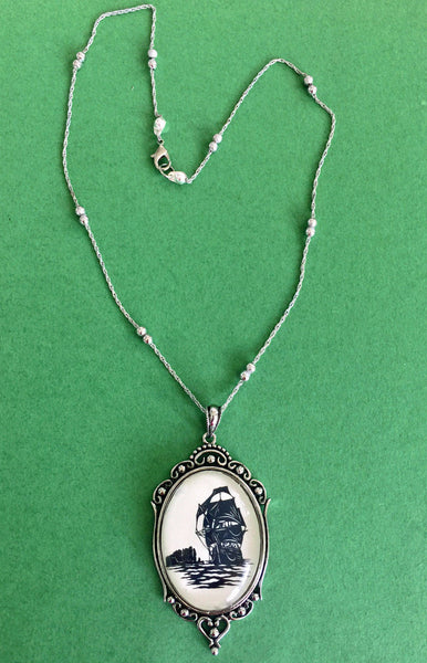 Game of Thrones Necklace - pendant on chain - Silhouette Jewelry