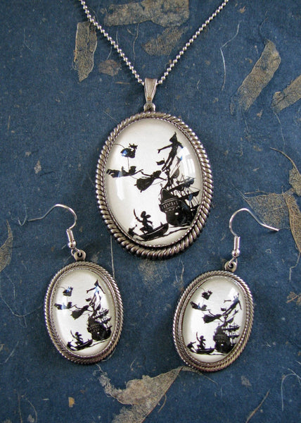 PETER PAN Earring-Necklace Set - Silhouette Jewelry