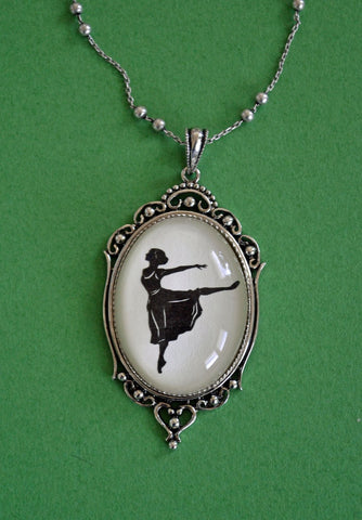 MARGOT FONTEYN Necklace, pendant on chain - Silhouette Jewelry