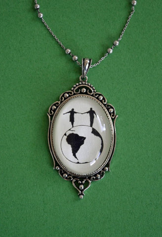 WORLD TOUR Necklace, pendant on chain - Silhouette Jewelry