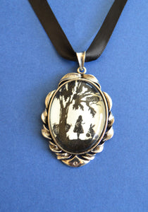 ALICE IN WONDERLAND Choker Necklace - pendant on ribbon - Silhouette Jewelry