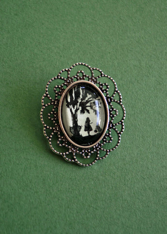 ALICE IN WONDERLAND Brooch - Silhouette Jewelry