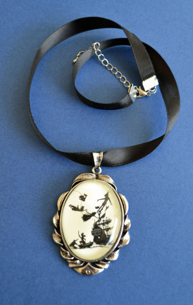 PETER PAN Choker Necklace - pendant on ribbon - Silhouette Jewelry
