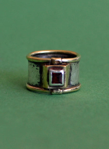 Vintage Ring Sterling Silver 14k Gold and Garnet Tribal Style Signed