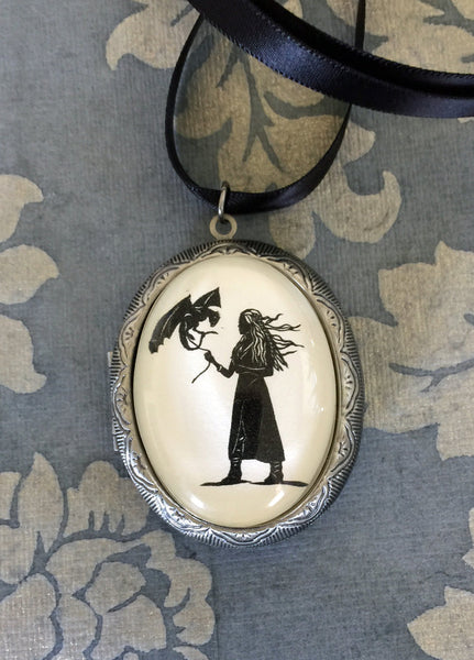 Game of Thrones Khaleesi Locket Necklace - locket pendant on ribbon - Silhouette Jewelry