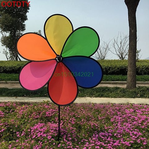 Colorful  Flower Spinner