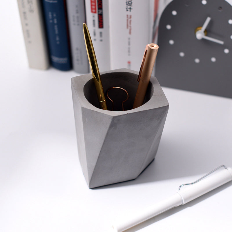 Chunky Modern Abstract Pencil Holder - Staunton and Henry