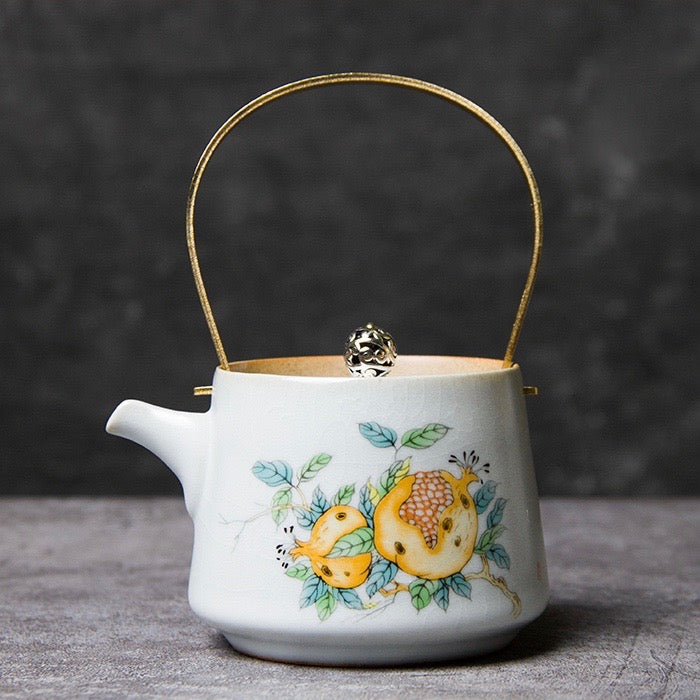 Gishiki Oriental Blossom Tea Pot - Staunton and Henry