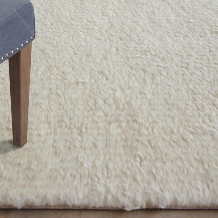 Olski Shaggy Off White Wool Rug - Staunton and Henry