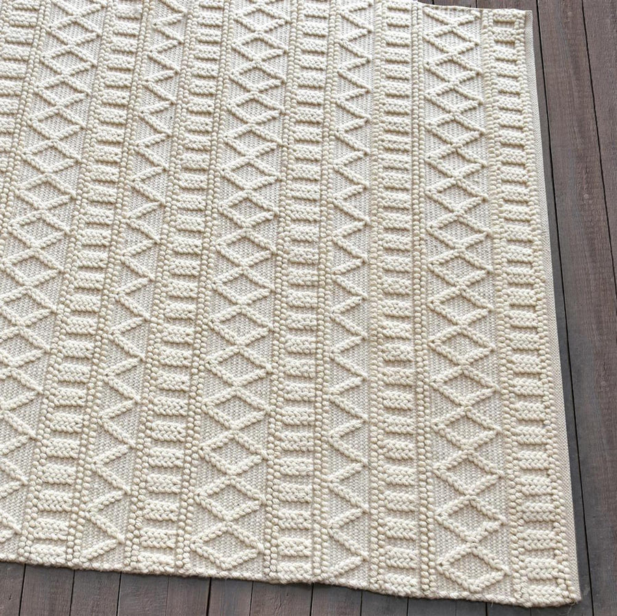 Keena Modern Chunky Weave Off White Rug - Staunton and Henry