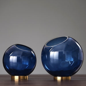 Smokey Glass Spotlight Vase - Staunton and Henry