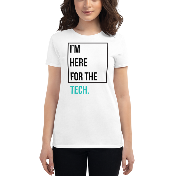 I'm here for the tech (Zilliqa) – Women's Short Sleeve T-Shirt
