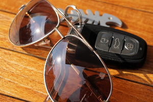 5 reasons why driving sunglasses make your commute better AND safer