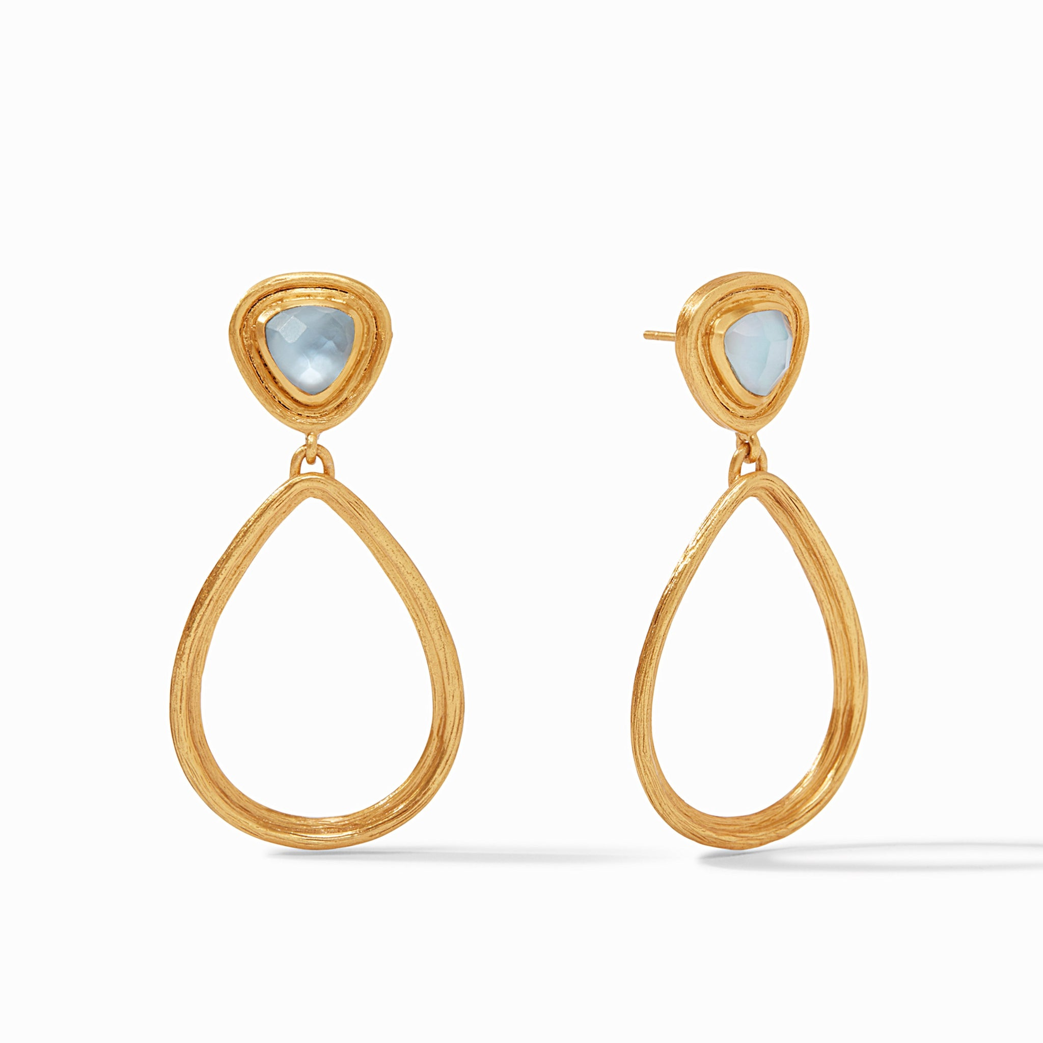 Iridescent Chalcedony Blue, irresistibly iridescent, classics, summertime 2020