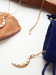 Universe Moon Necklace. [Gold]