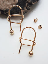 Tangle Earring. [Gold]