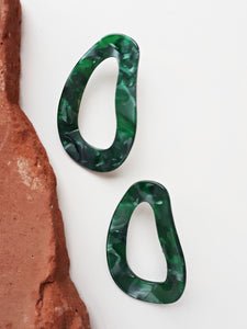 Resin Blob Earring. [Green]