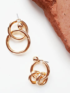 Asymmetric Hoop. [Gold]