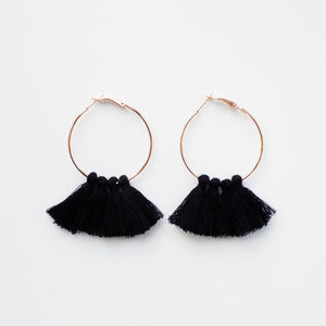 Hoop Tassle Earring. [Black]