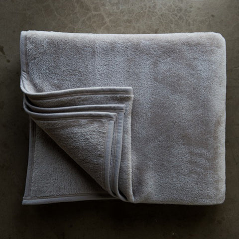 H&E Cotton Suede Blanket