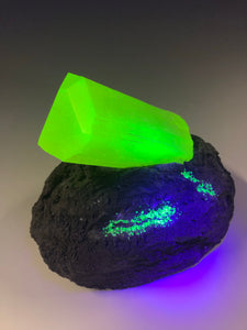 """Uranite"". Uranium glass specimen sculpture"