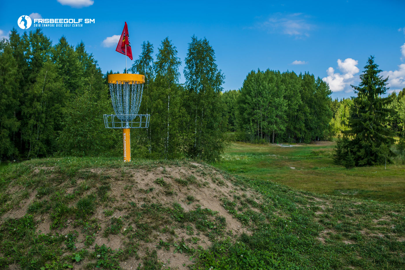 Basket at the Tampere Disc Golf Center