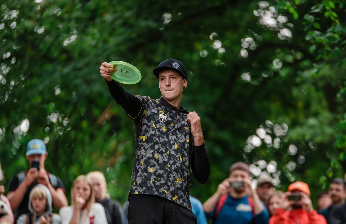 Simon Lizotte lines up a shot at the Konopiste Open