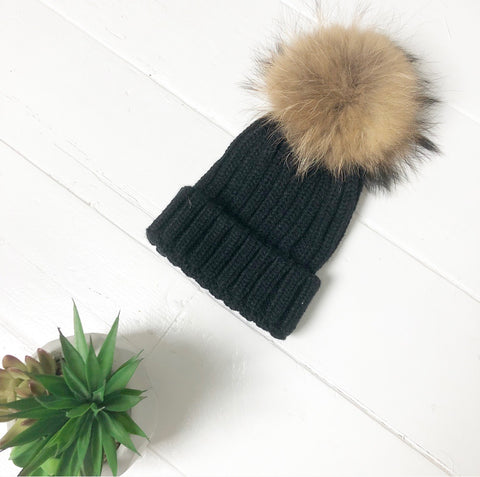 Black luxury winter faux fur pom pom hat