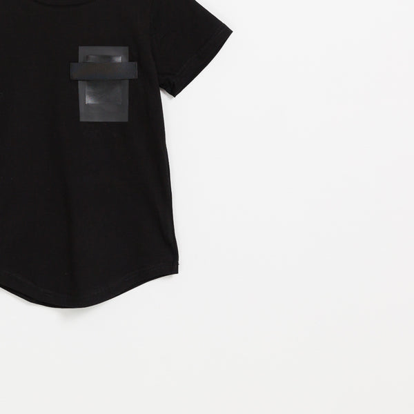 Children's boys black cotton square pocket t-shirt