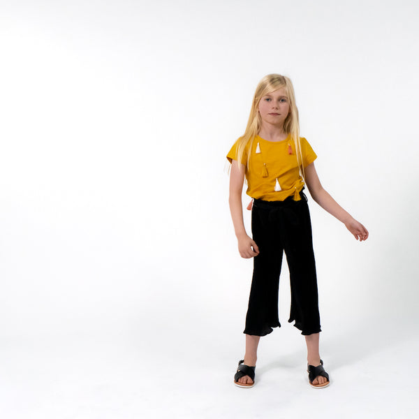 Girls Black pleated trousers belted comfy easy to wear stylish cool trendy kids clothes